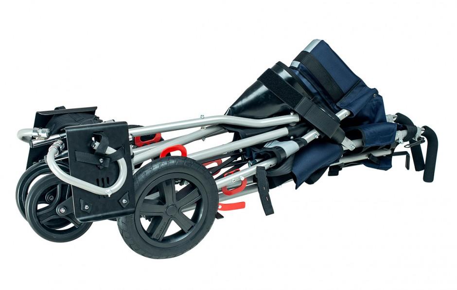 Сложенная коляска OMBRELO