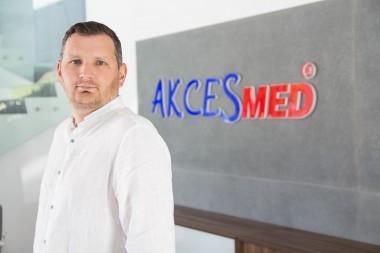 Waldemar Matejek Dyrektor ds. Eksportu wew. 233 +48 17 864 04 77 Kom.: +48 508 382 502 mail: w.matejek@akces-med.com export@akces-med.com