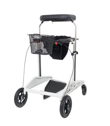 Динамический вертикализатор АКТИВАЛ КРОСС™ позволяет принимать положение стоя и перемещение как по дому, больнице, так и на улице благодаря комплектации большими передними колесами и задними поворотными.